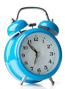 blue-alarm-clock-17117626